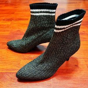 Stuart Weitzman Waverly Gold Sock Bootie NWOB s 7½